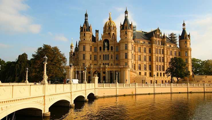 Dinnershow und Erlebnisgastronomie in Schwerin